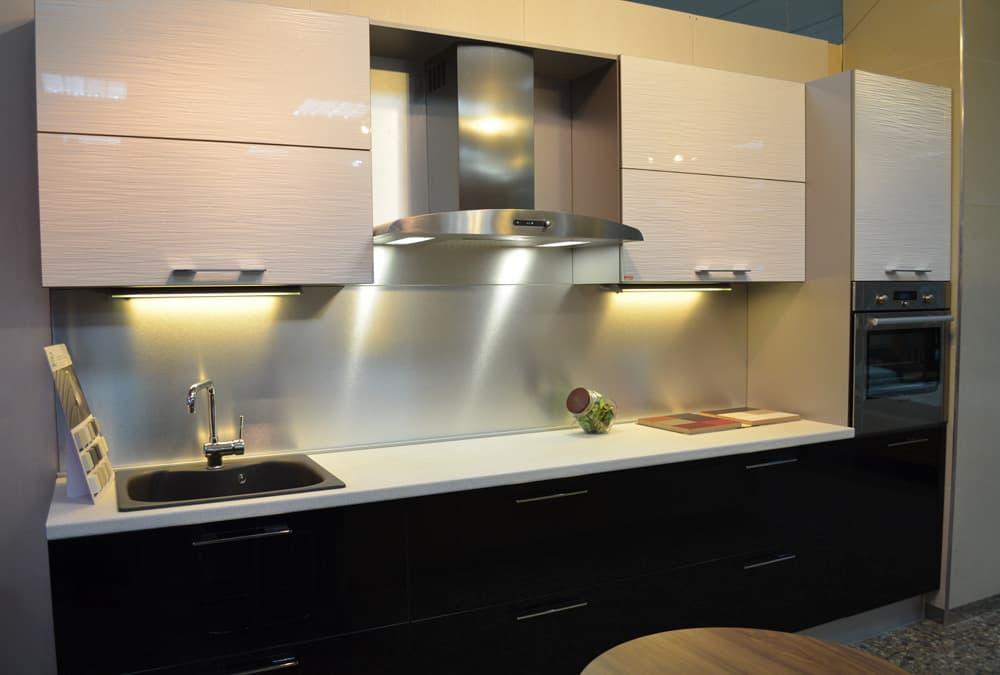 глянцевые кухни